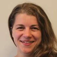Dr Sarah Singer