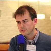 Dr Tom McKenzie